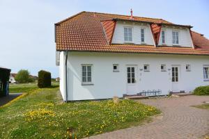 TSS Ferienwohnung _Landtraum_, Дома для отпуска  Neddesitz - big - 1