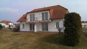 TSS Ferienwohnung _Landtraum_, Дома для отпуска  Neddesitz - big - 2