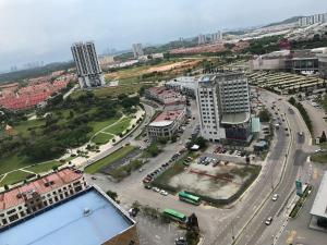 Sky Loft, Bukit Indah JB, Ferienwohnungen  Johor Bahru - big - 38