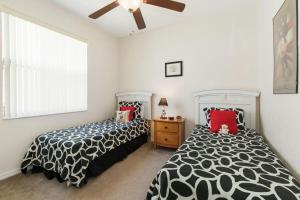 448 Belfry Home, Apartments  Davenport - big - 18