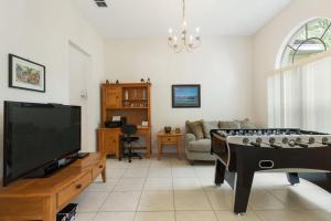 448 Belfry Home, Apartments  Davenport - big - 19