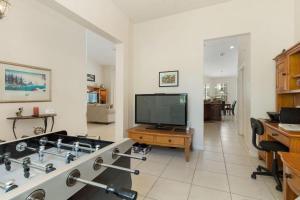 448 Belfry Home, Apartments  Davenport - big - 20