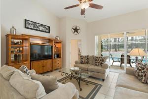 448 Belfry Home, Apartments  Davenport - big - 21