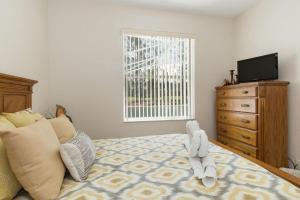 448 Belfry Home, Apartments  Davenport - big - 25