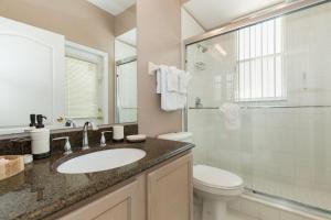 448 Belfry Home, Apartments  Davenport - big - 26