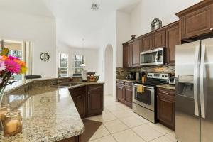 448 Belfry Home, Apartments  Davenport - big - 28