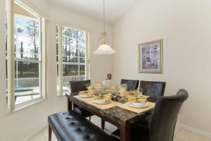 448 Belfry Home, Apartments  Davenport - big - 29