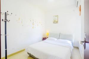 Senran (Xinjiayuan) Apartment, Апартаменты  Чжухай - big - 25