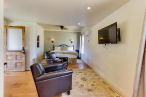 Wine Country Cottages on Main, Дома для отпуска  Fredericksburg - big - 23