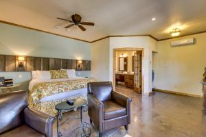 Wine Country Cottages on Main, Дома для отпуска  Fredericksburg - big - 8