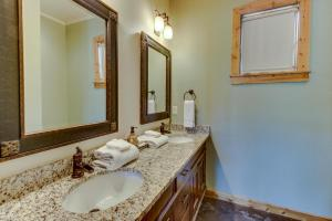 Wine Country Cottages on Main, Дома для отпуска  Fredericksburg - big - 6