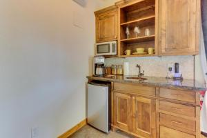 Wine Country Cottages on Main, Дома для отпуска  Fredericksburg - big - 17