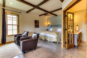Wine Country Cottages on Main, Дома для отпуска  Fredericksburg - big - 18