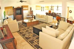 Izcalli Luxury Villa, Vily  Playa del Carmen - big - 4