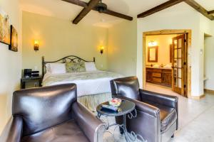 Wine Country Cottages on Main, Дома для отпуска  Fredericksburg - big - 36
