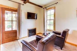 Wine Country Cottages on Main, Дома для отпуска  Fredericksburg - big - 35
