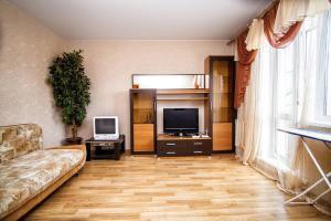 Apartment on Oktyabrskiy pr. 54