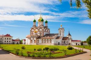 Ростов - Troitse-Sergiev Varnitskiy Monastyr