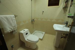 Olaya Suites Furnished Units, Aparthotely  Rijád - big - 11