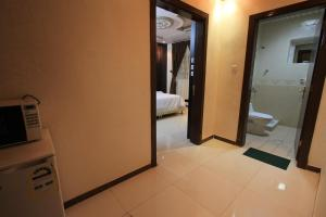 Olaya Suites Furnished Units, Aparthotely  Rijád - big - 9