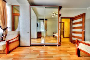 Apartment - Bandery Street, Apartmanok  Truszkavec - big - 6