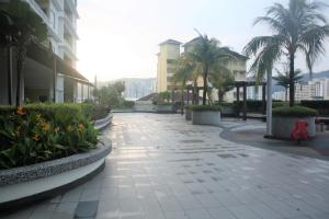Sky Holiday home, near Spice Arena Penang, Appartamenti  Bayan Lepas - big - 48