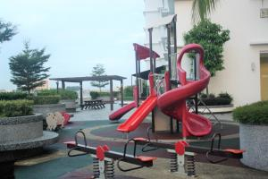 Sky Holiday home, near Spice Arena Penang, Appartamenti  Bayan Lepas - big - 49