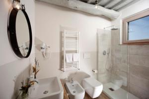 Casale Sterpeti, Bed & Breakfast  Magliano in Toscana - big - 11