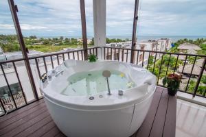 The Palayana Hua Hin Resort and Villas, Курортные отели  Ча-Ам - big - 31