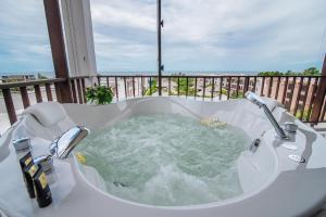 The Palayana Hua Hin Resort and Villas, Курортные отели  Ча-Ам - big - 32