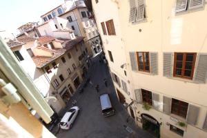 Signoria Suite Apt. 2, Apartments  Florence - big - 12