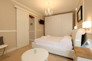 Signoria Suite Apt. 2, Apartments  Florence - big - 9