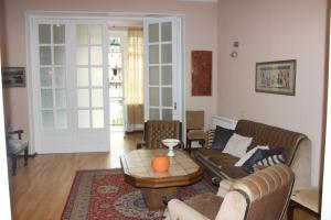 Charming Apartment in the Heart of Town, Ferienwohnungen  Tbilisi City - big - 3