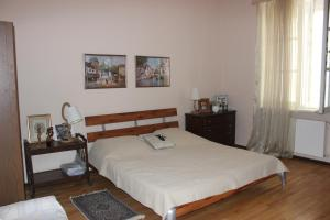 Charming Apartment in the Heart of Town, Ferienwohnungen  Tbilisi City - big - 5