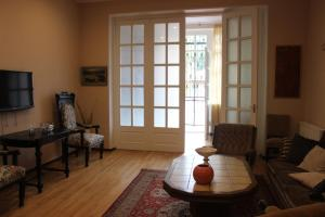 Charming Apartment in the Heart of Town, Ferienwohnungen  Tbilisi City - big - 6