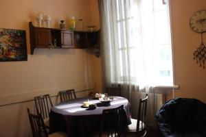 Charming Apartment in the Heart of Town, Ferienwohnungen  Tbilisi City - big - 7
