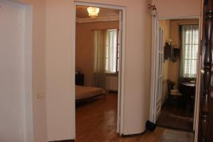 Charming Apartment in the Heart of Town, Ferienwohnungen  Tbilisi City - big - 10