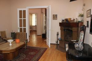 Charming Apartment in the Heart of Town, Ferienwohnungen  Tbilisi City - big - 14