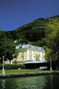 Romantik Residenz (Ferienwohnungen Hotel Im Weissen Rössl) - Dependance