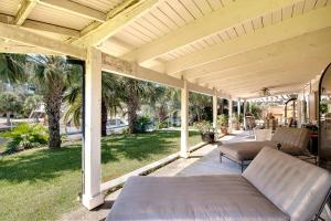 Executive Canal Home and Dock, Дома для отпуска  Gulf Breeze - big - 2