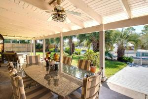 Executive Canal Home and Dock, Дома для отпуска  Gulf Breeze - big - 36