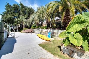 Executive Canal Home and Dock, Дома для отпуска  Gulf Breeze - big - 34