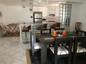 Casa Catiri, Дома для отпуска  Ноорд - big - 14