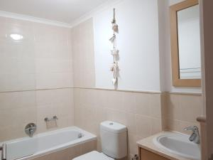 Point Village Accommodation - Santos 7, Apartmány  Mossel Bay - big - 3