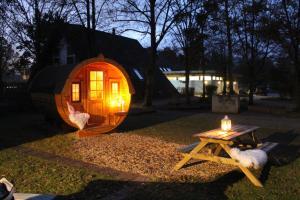 AZUR Waldcamping Auwaldsee, Üdülőközpontok  Ingolstadt - big - 17