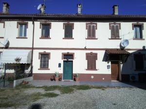 casa nel verde, Appartamenti  Certosa di Pavia - big - 6