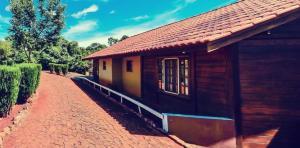Pousada Parque das Gabirobas, Agriturismi  Macacos - big - 50