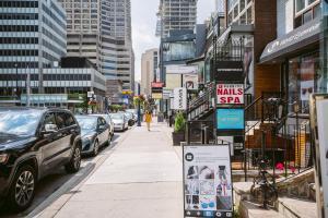 QuickStay - Luxury Executive in Yorkville (Yonge & Bloor), Apartmány  Toronto - big - 10