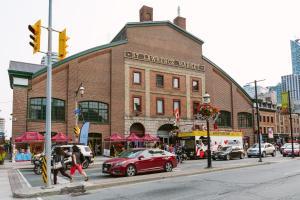 QuickStay - Luxury Executive in Yorkville (Yonge & Bloor), Apartmány  Toronto - big - 27