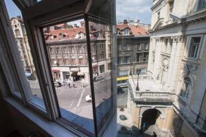 Epicenter Apartment - фото 8